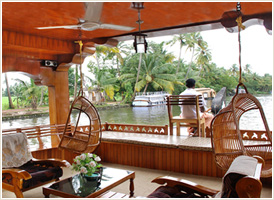 Kerala Backwaters - Stay in House Boat